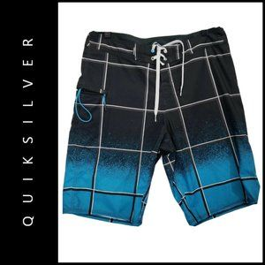 Quiksilver Men Plaid & Check Board Short Size 32